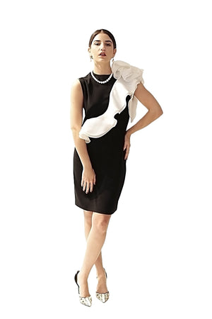 BLACK AND WHITE DAVID MAISON DM-4945D-B/W  COCKTAIL RUFLE DRESSBLACK AND WHITE DAVID MAISON DM-4945D-B/W  COCKTAIL RUFLE DRESS, THE BLACK AND WHITE DRESS COLLECTION 2017, DAVID MAISON, DAVID MAISON  - DAVID MAISON
