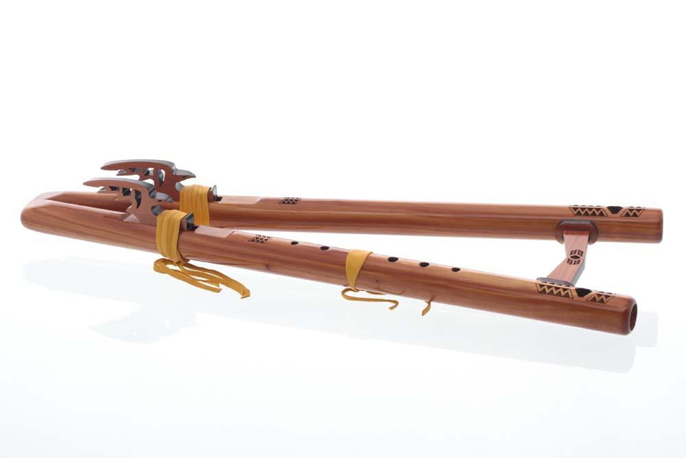 "121-C Twin Tail ""G"" - Aromatic Cedar flute - side view"