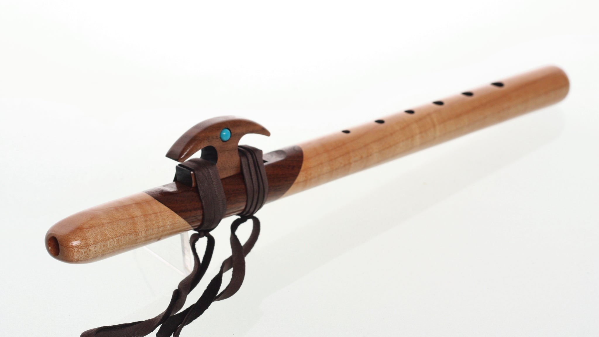 Nature's Art Kestrel 'high D' Signature Flute - Quilted Maple & Walnut