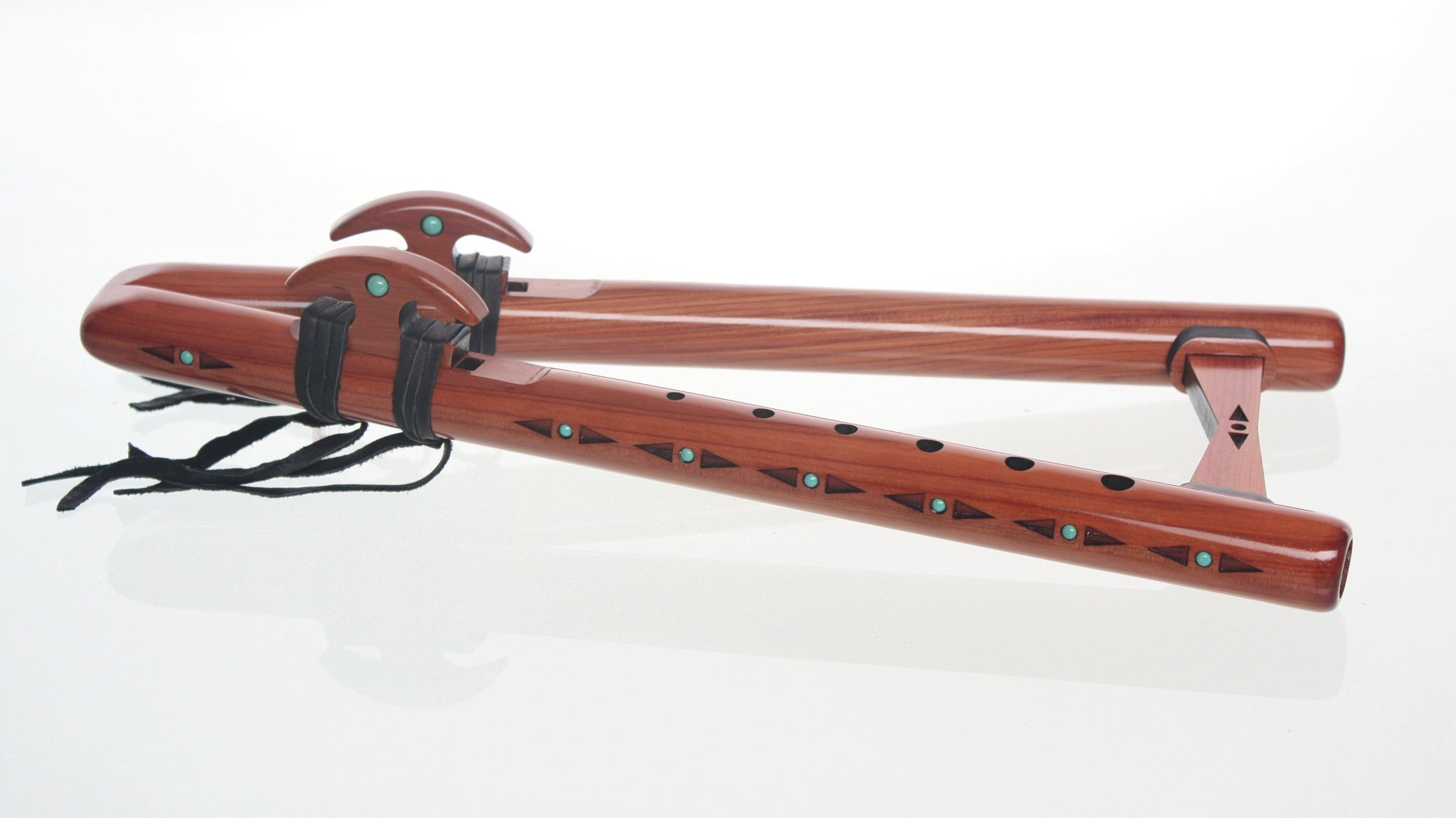 Double Kestrel 'high D' Signature Flute - Aromatic Cedar