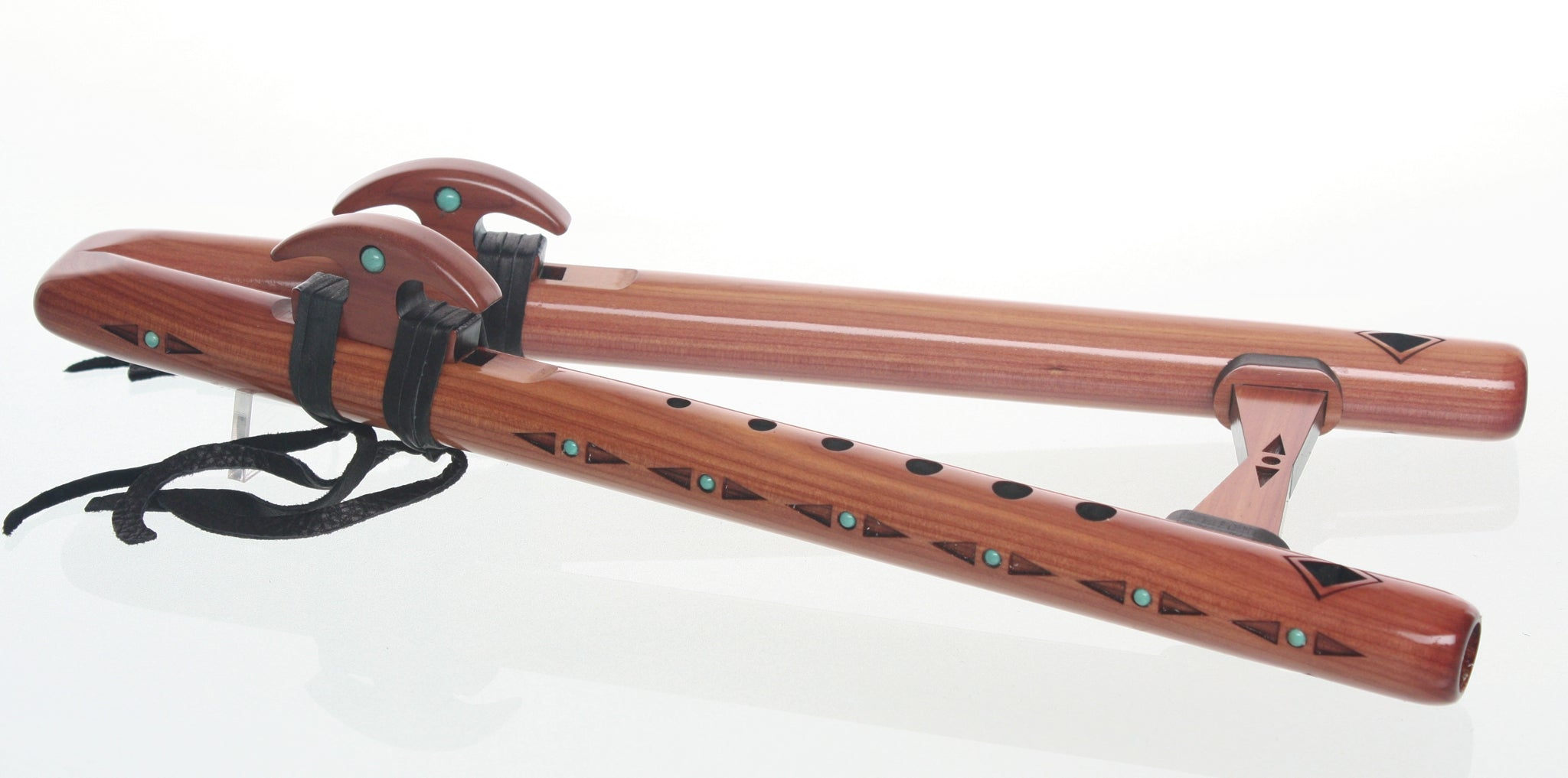 Double Kestrel 'high E' Signature Flute - Aromatic Cedar