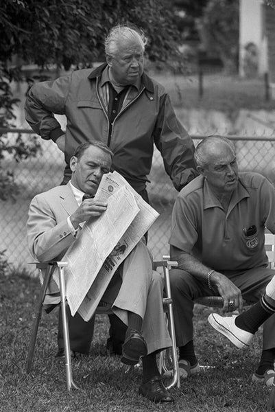 Frank Sinatra - Relaxing during filming