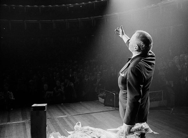 Frank Sinatra - Curtain call at The Royal Albert Hall