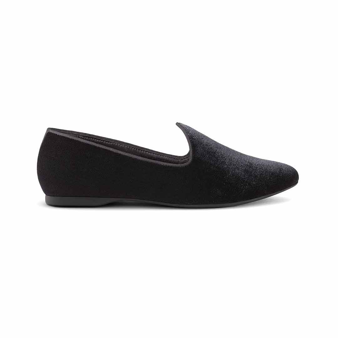 Women's flat Heron black velvet side view