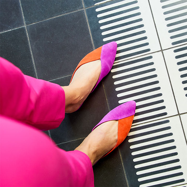 closeup of two-tone pink and orange women's slides