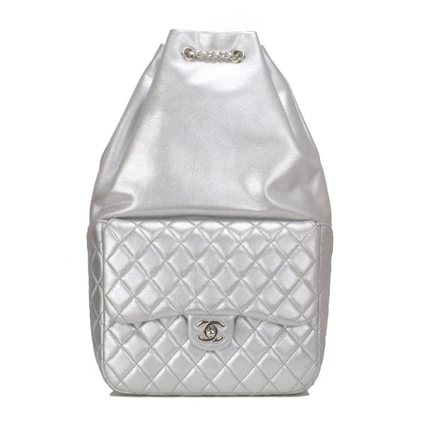 2eb6ba0eadcba8 Chanel Silver Metallic Lambskin Large Backpack – Madison Avenue Couture