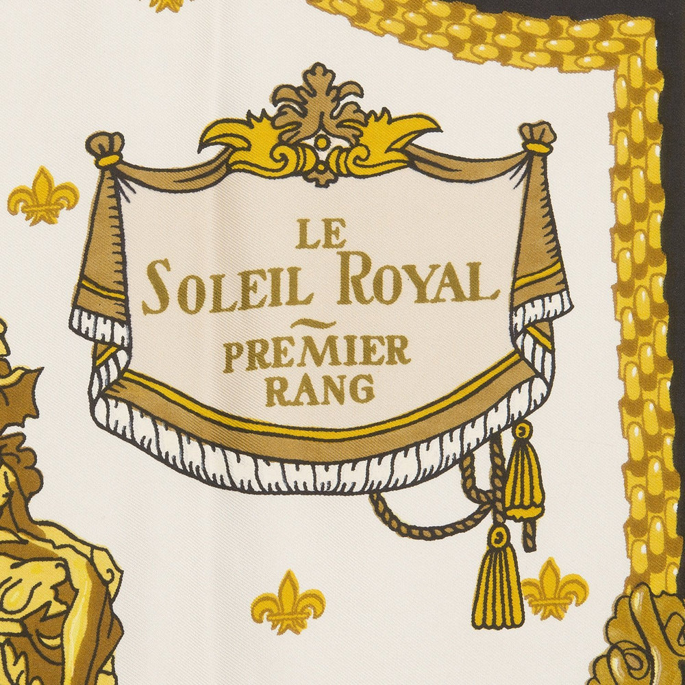 Hermes Vintage Le Soleil Royal Silk Twill Scarf 90Cm Preloved Mint Scarves