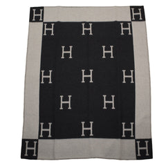 Hermes New Classic Avalon Gris Fonce and Ecru Blanket