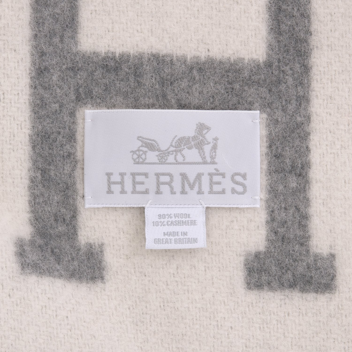 Hermes Avalon Iii Ecru And Light Grey Blanket