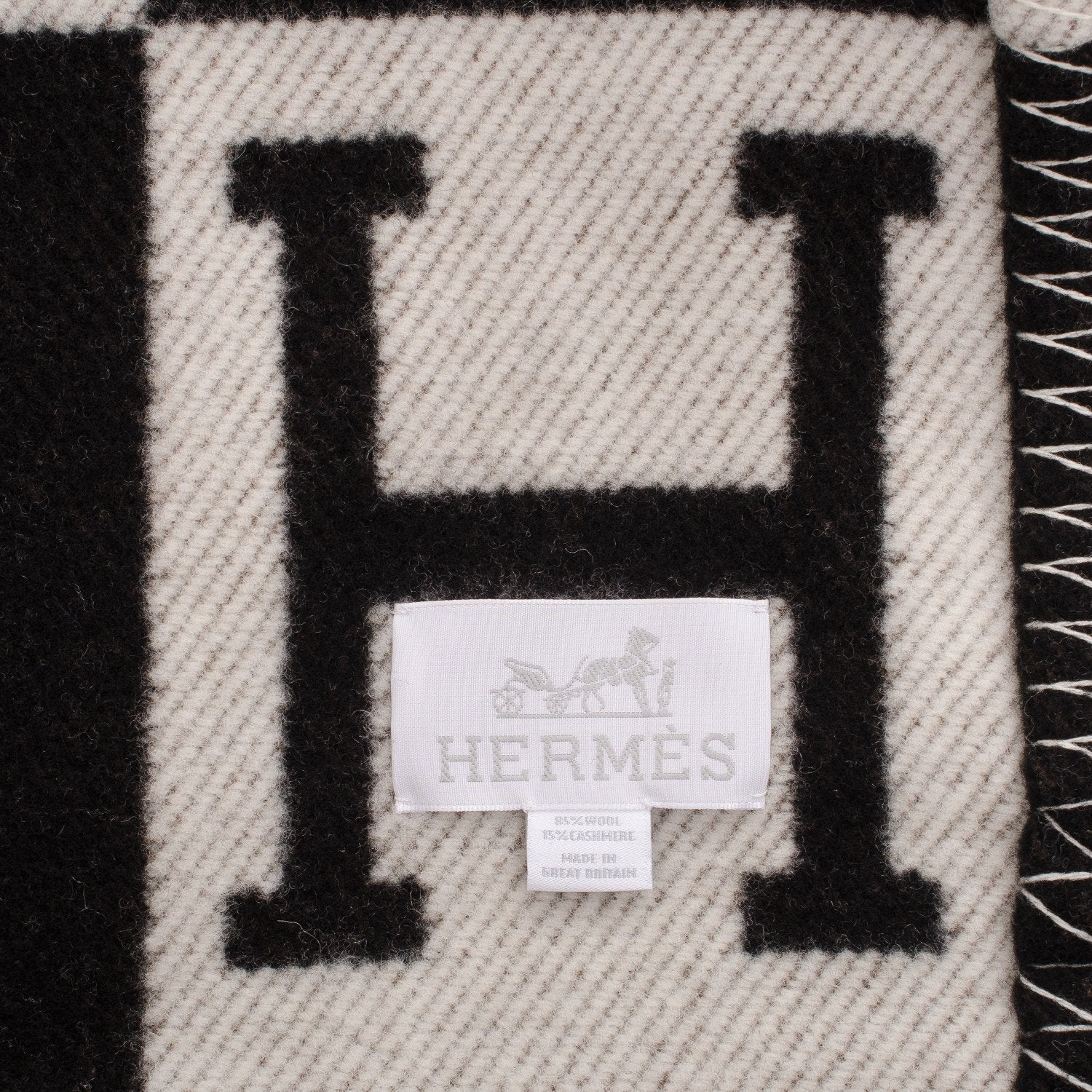 Hermes Avalon Ecru And Black Signature H Blanket