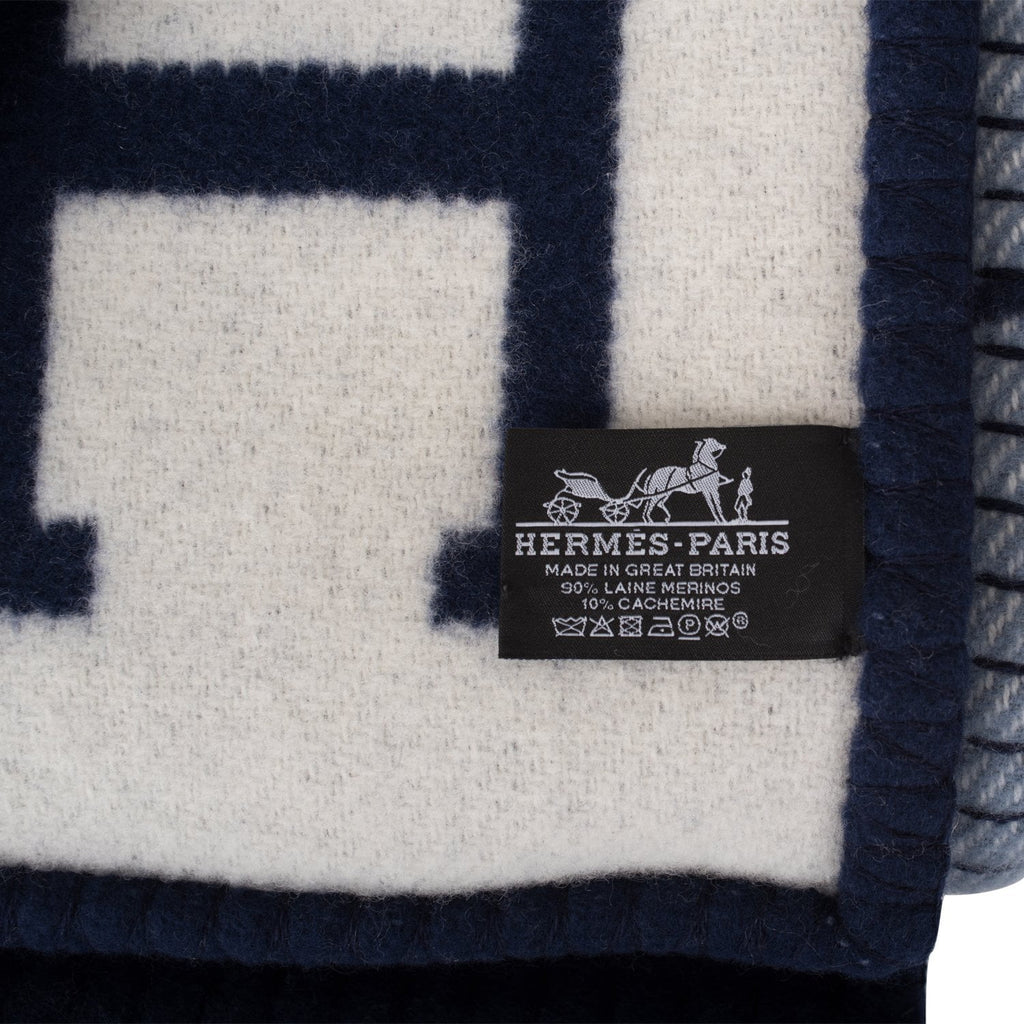 Hermes New Classic Avalon Navy and Ecru Blanket