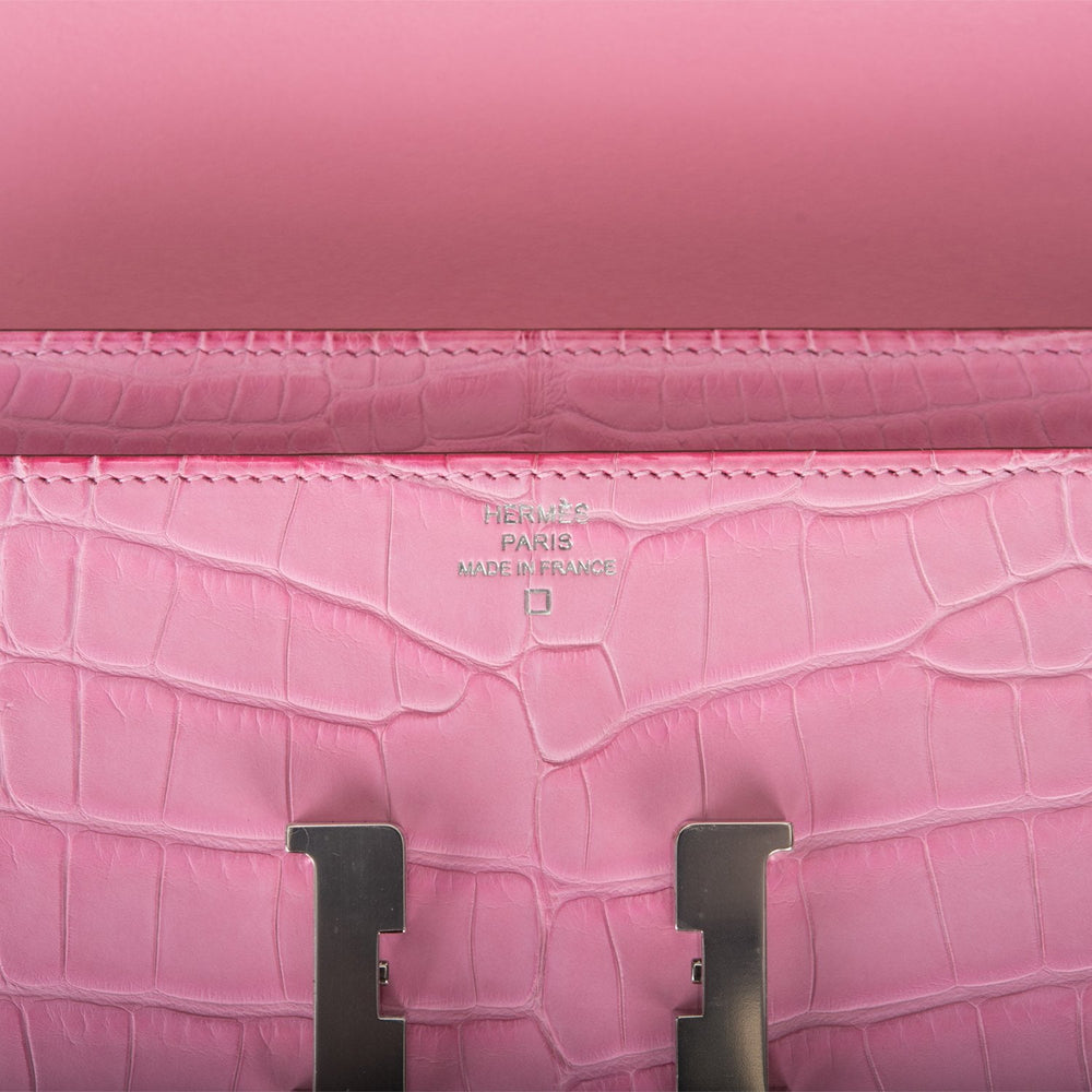 Hermes Bubblegum 5P Matte Alligator Constance Long Clutch Wallet Palladium Hardware
