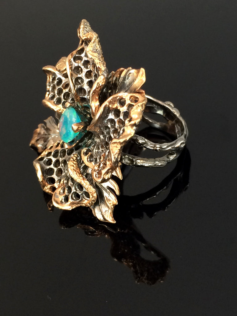 Fantastic Flower Ring                     SKU 261