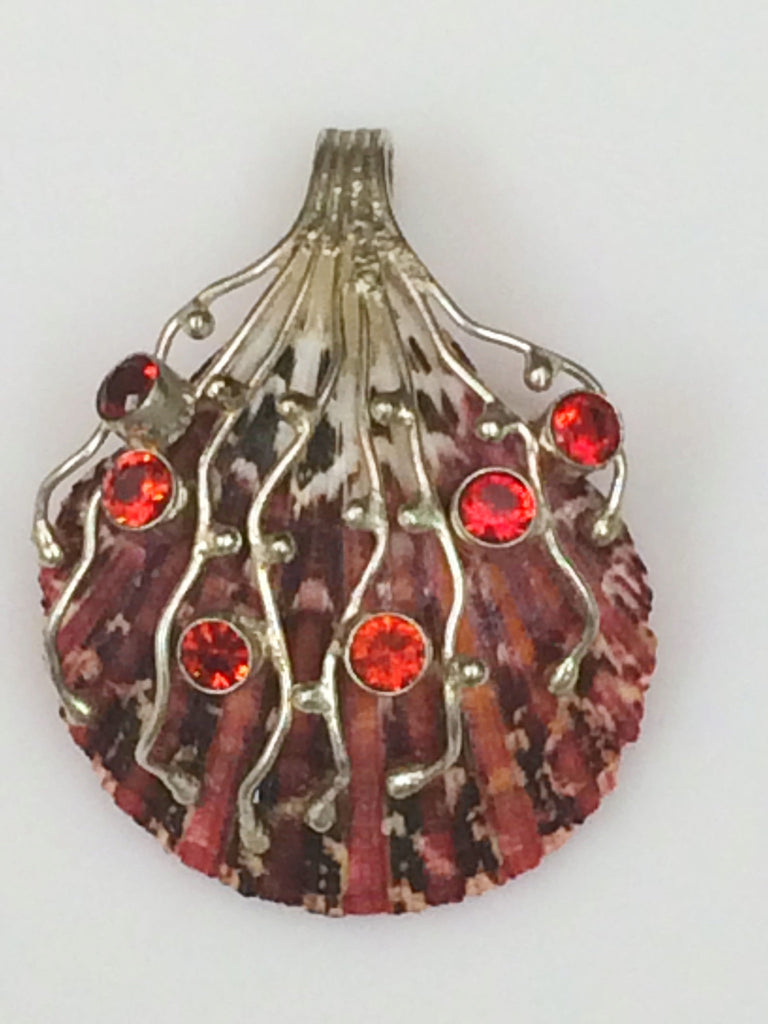 Natural Beauty Shell & Garnet Pendant    SKU 312