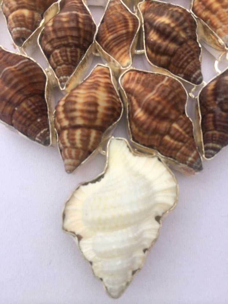Natural Seashells Necklace  SKU 102
