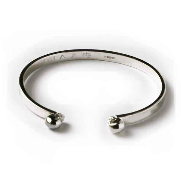 Silver Hand-crafted Twin Skulls Bangle