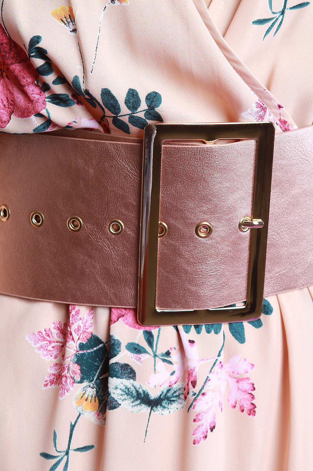 Wide Metallic Large Buckle Belt