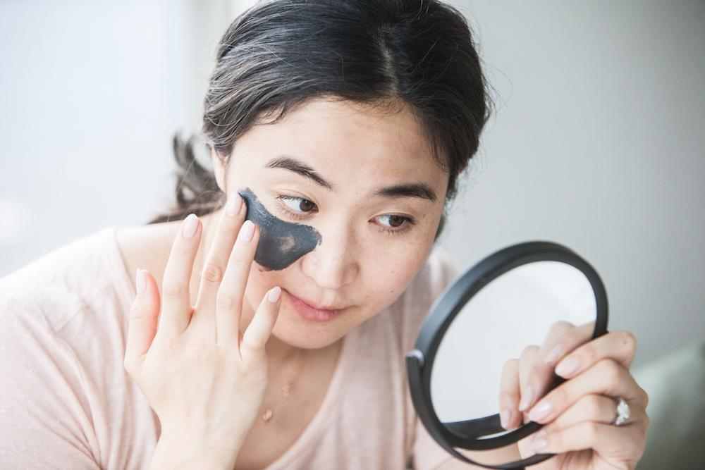 How to Treat Acne Breakouts and Clogged Pores in One Step