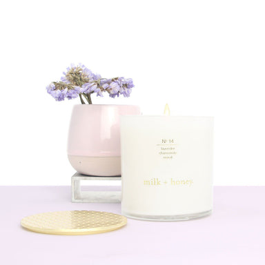 Essential Oil Candle, Nº 14 Lavender, Chamomile, Neroli milk + honey