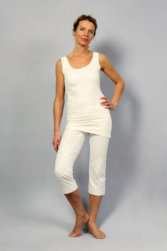 Promotion! Top & Inderjit pants in Off-White!<