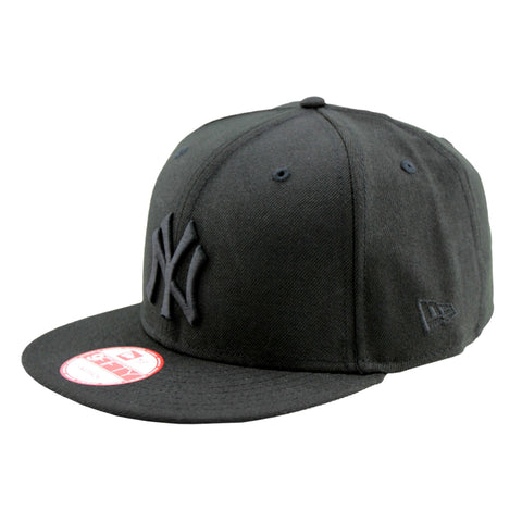 New York Yankees Black on Black 9Fifty Cap