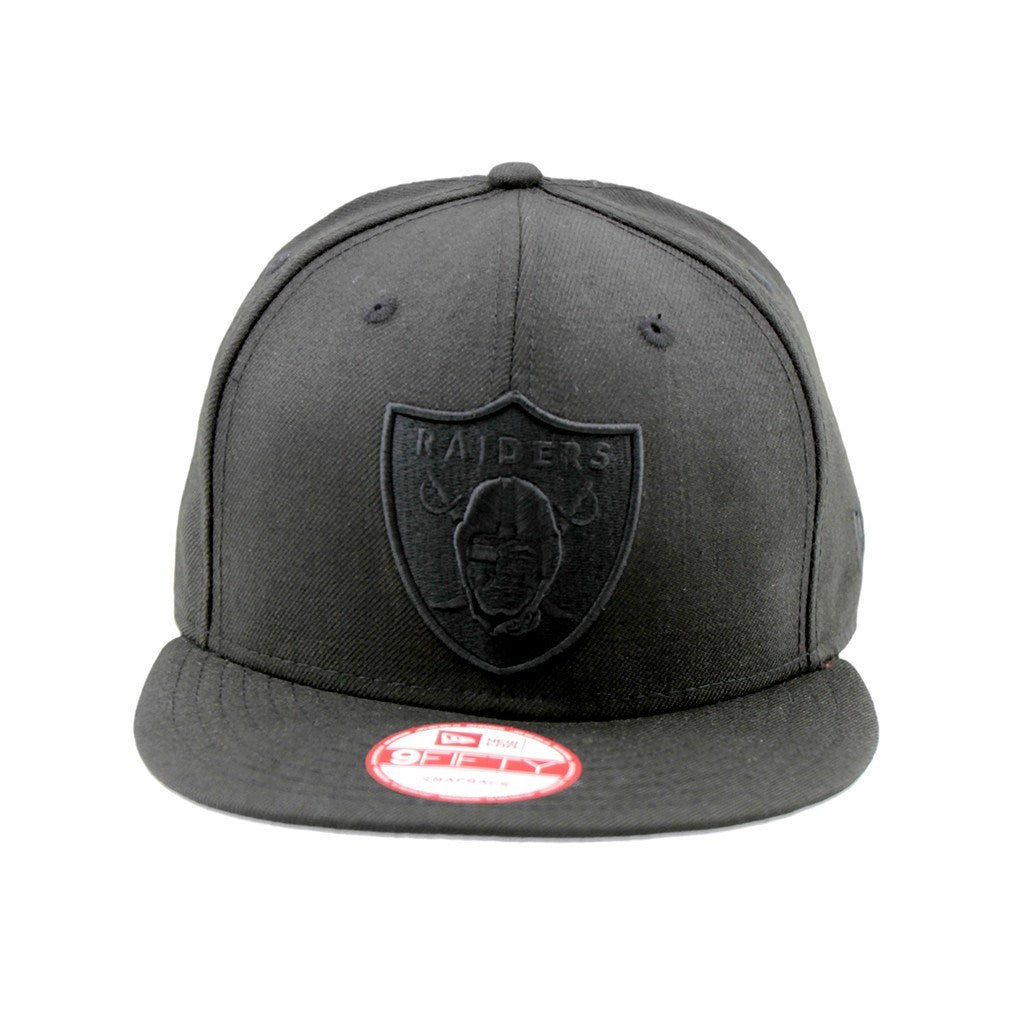 9Fifty Snapback Cap - Oakland Raiders Black On Black 9Fifty Cap