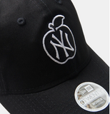 New York Yankees 9Twenty New Era Adjustable Apple Black Cap Women's