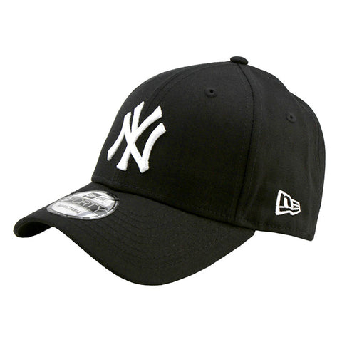 New York Yankees Black 9forty Adjustable Cap