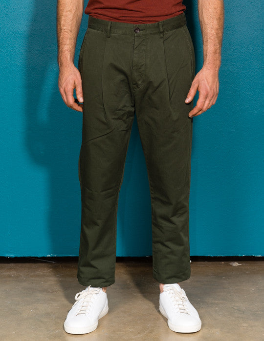 Davis Single Pleat Chino