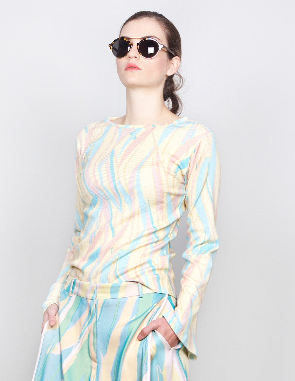 Acid Wave Top
