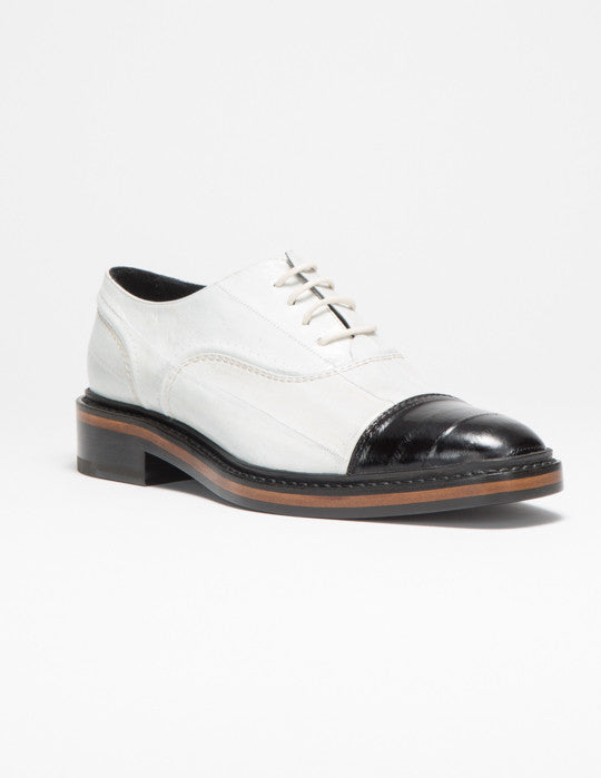 Bi-color Cap-Toe Oxford