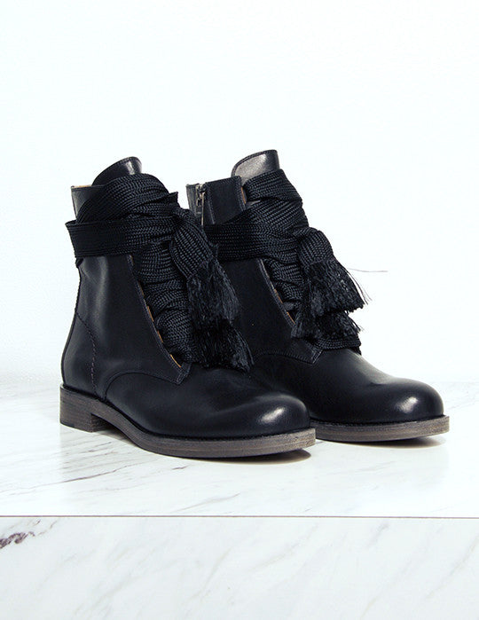 Palmer Lace Up Boot