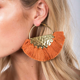ELENA FRINGED / EARRINGS - Tan