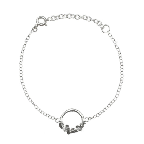 Meadow Flowers Circle Bracelet