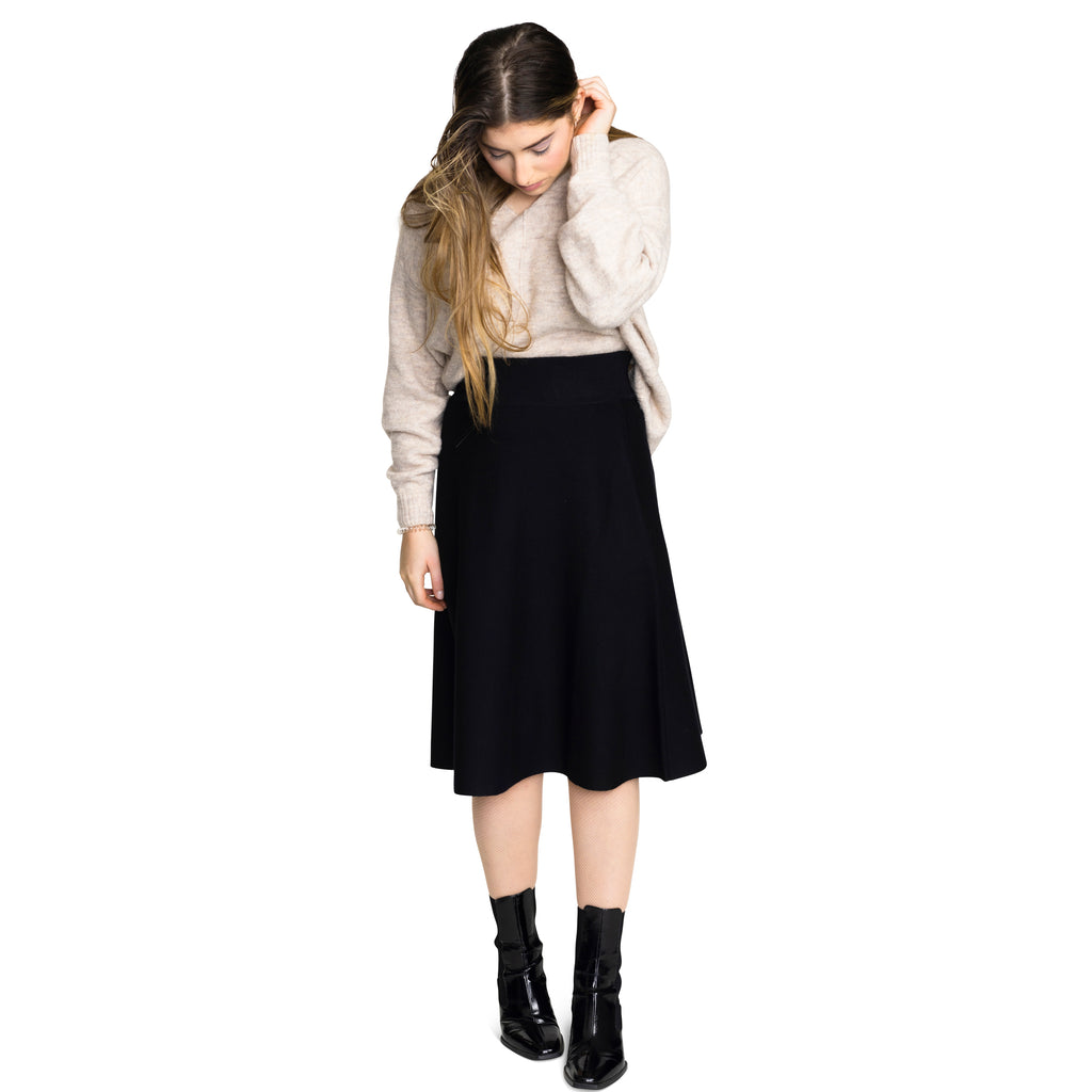 Women's Knit Camp Skirt - Black