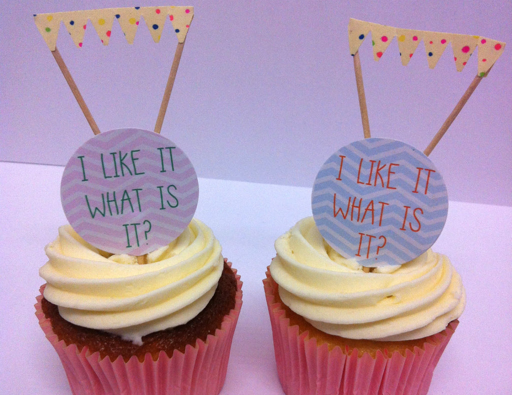 I like it. What is it? Cake Toppers & Pastel Cake Bunting