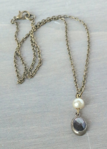 Smokey Gray Pearl Simple Necklace