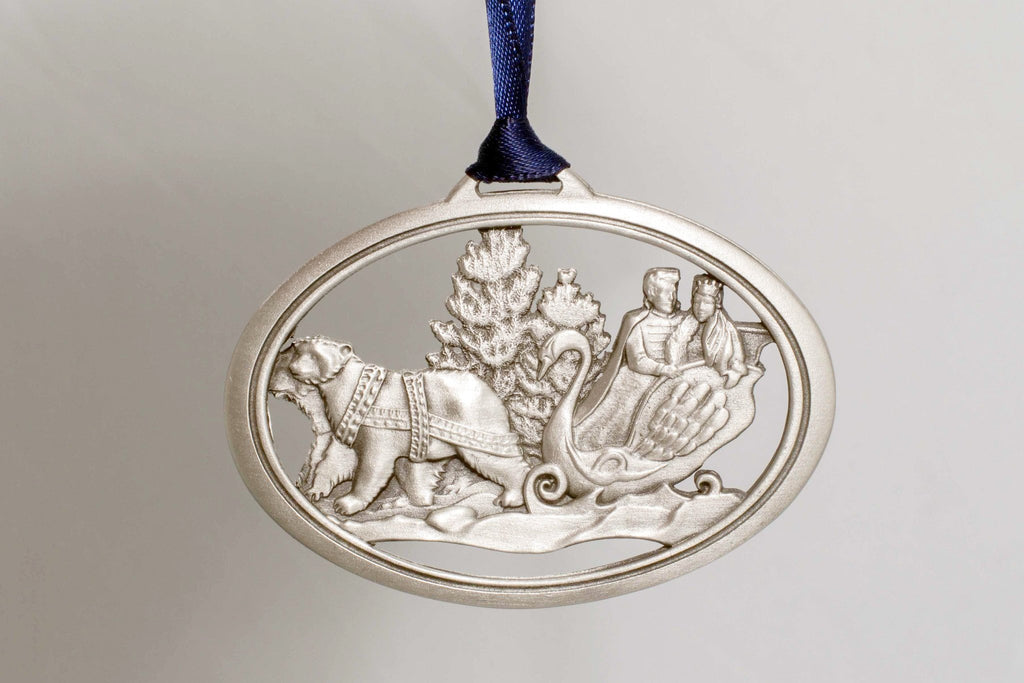 2015 Annual Ornament – Clara & The Prince