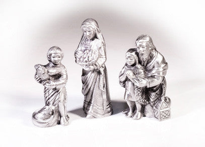 Set G - Innkeepers Family Nativity
