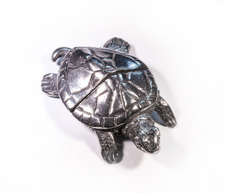 Turtle Pewter Place Card Holder