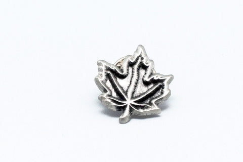 Single maple leaf pewter lapel pin