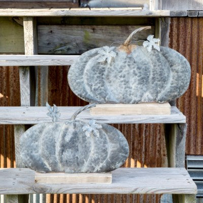 Weathered Tin Fairy Tale Pumpkins