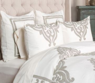 Patrina Ivory Bedding Set
