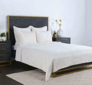 Bari Velvet Bedding Collection
