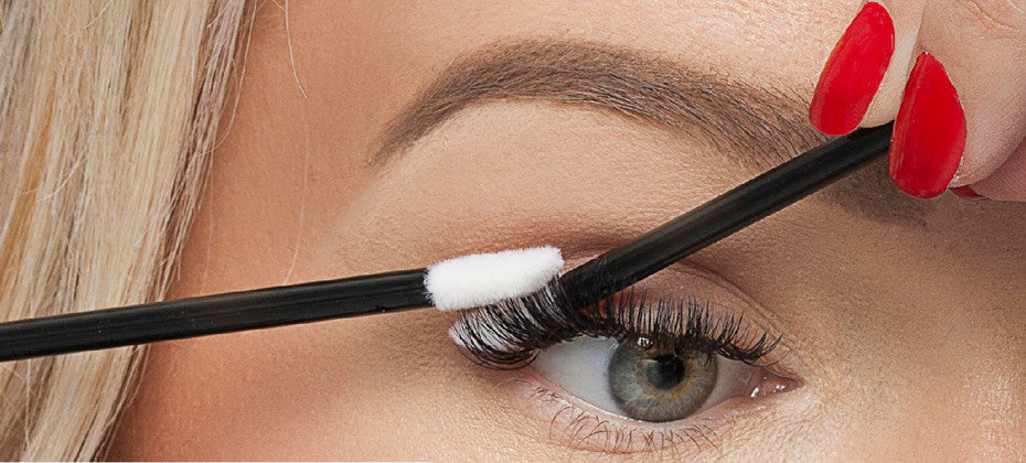 How To Apply Remove Mascara With Eyelash Extensions Caryl Baker