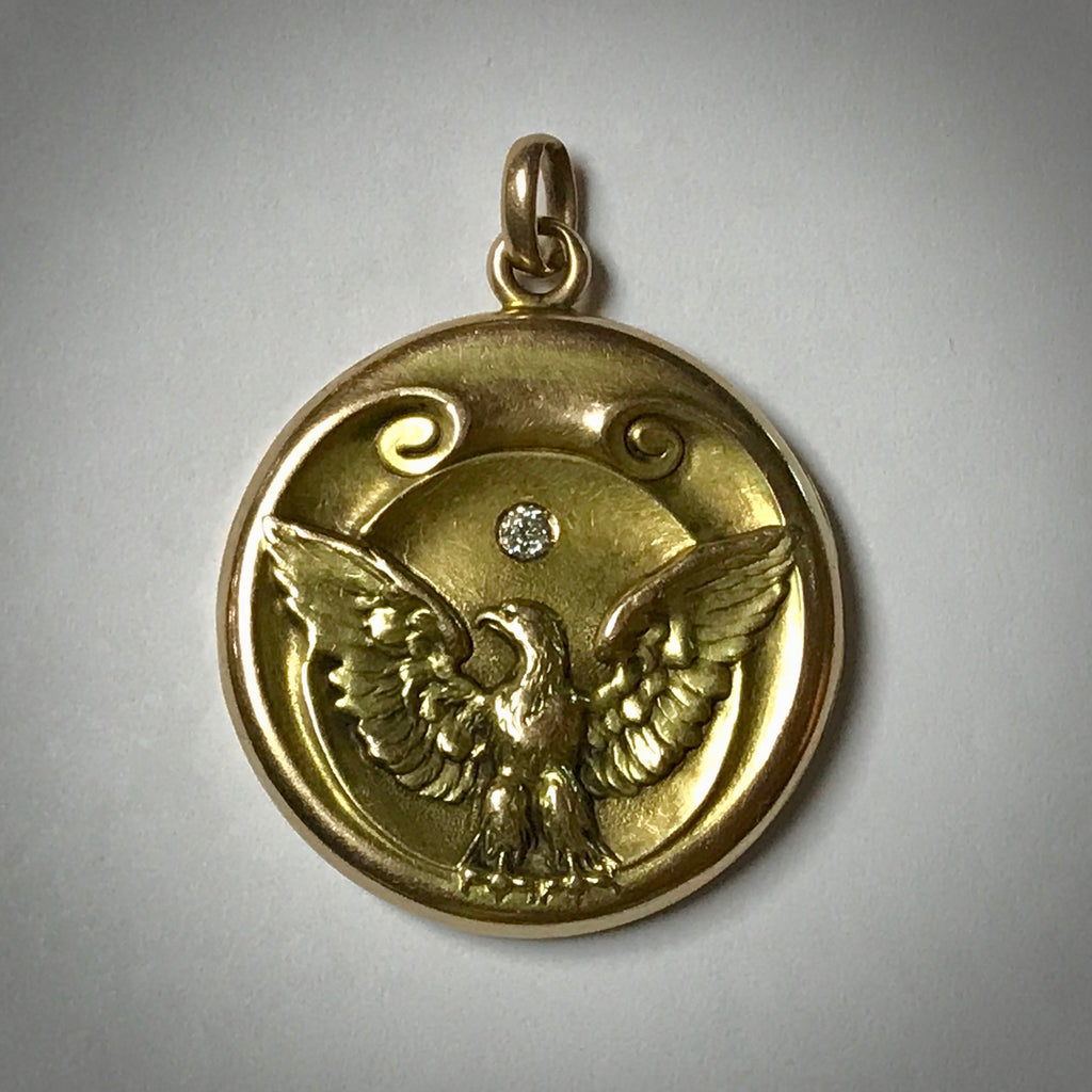 12KY antique Victorian locket depicting an eagle