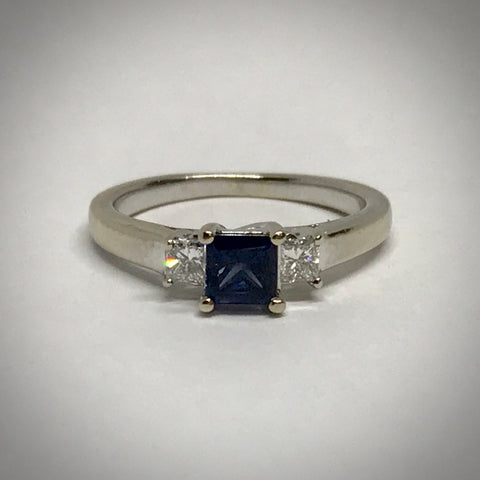 Ladies 18KW ring 4.5mm blue sapphire and diamond