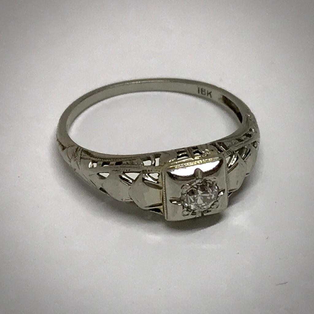 Ladies 18KW ring filigree c1935 .14 carat old European cut