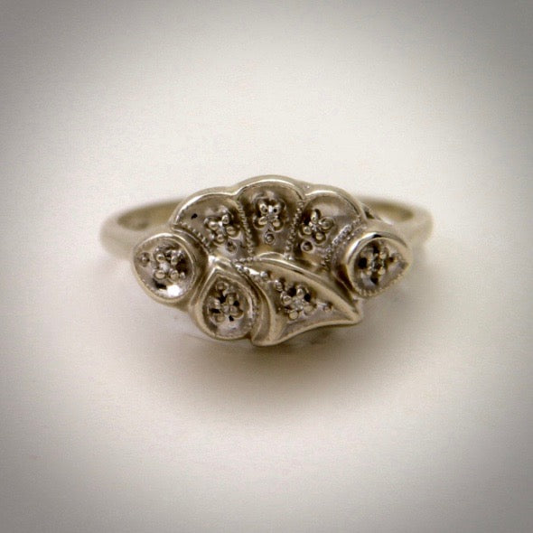 Ladies 14KW vintage ring circa 1940 with diamond accents