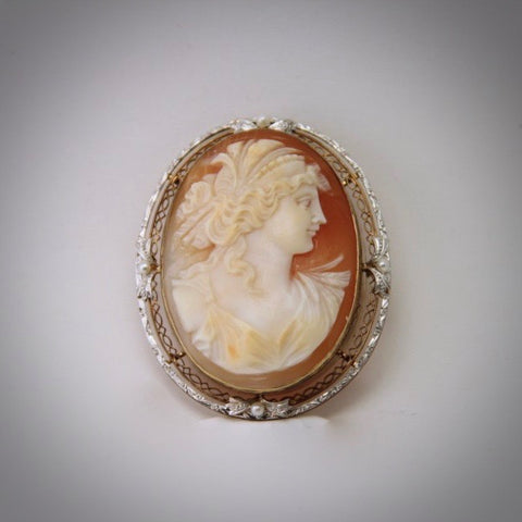 14K yellow & white shell cameo brooch / pendant showing Ceres